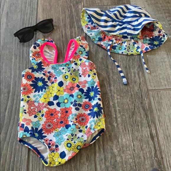 2575cbe19647f Tucker + Tate Swim   Tucker And Tate 9month Suit With Hat   Poshmark